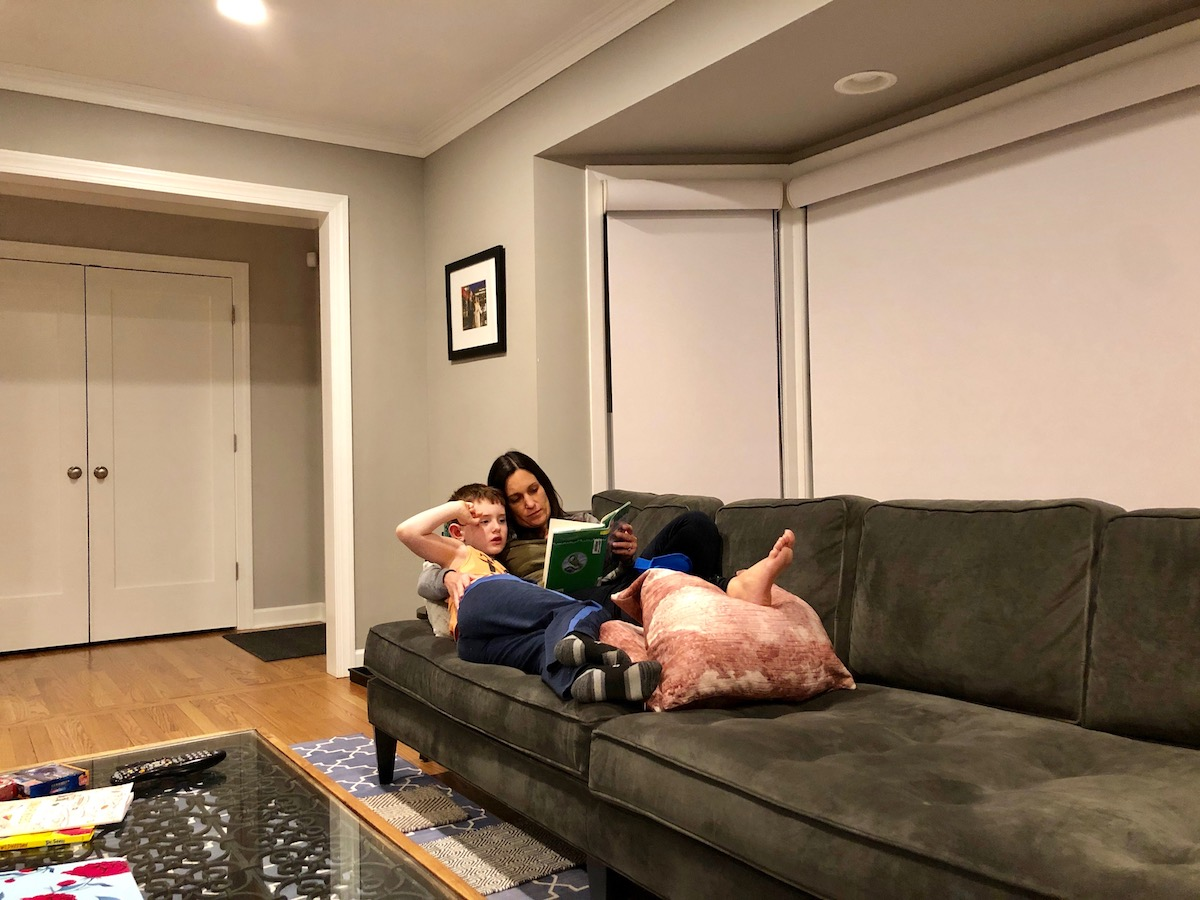 mom-boy-reading