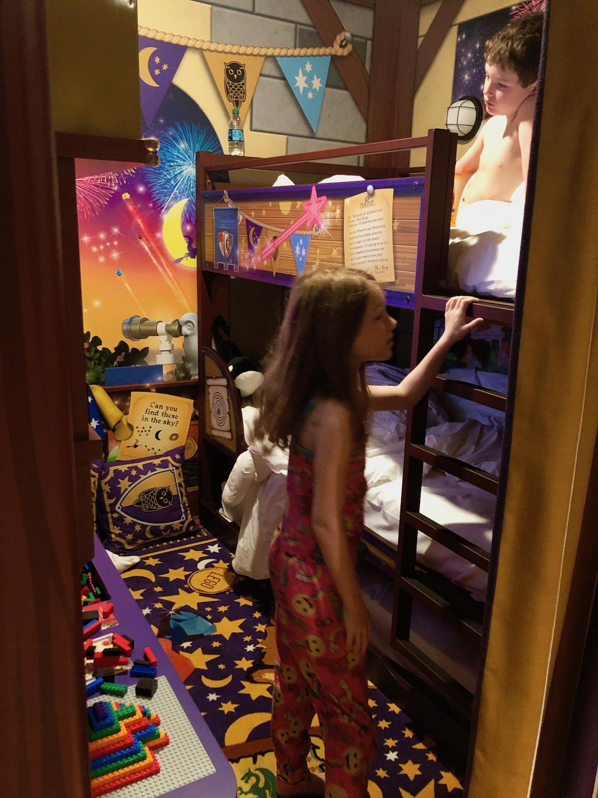 Lego-Hotel-Kids-Room